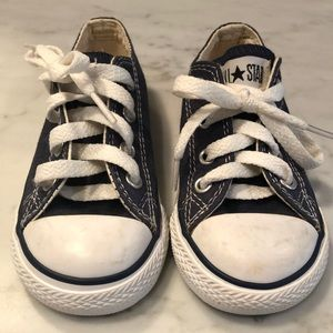 Boys navy walker Converse shoes size 6 EUC